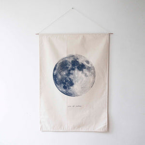 Howling Moon flag