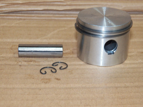 Pioneer P40 Chainsaw Piston Kit 473926 NEW