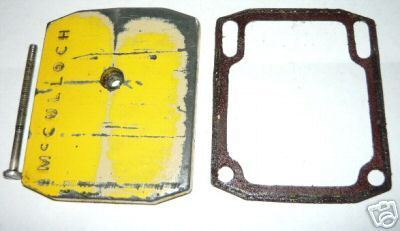 McCulloch CP-55 CP55 Chainsaw Oil Tank Cover and Screw