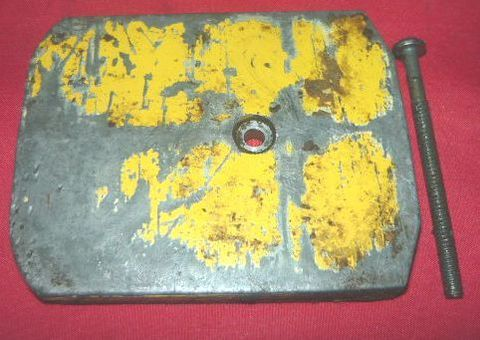 McCulloch Pro Mac 850 Chainsaw Oil Tank Cover and Screw