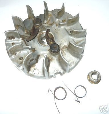 McCulloch Mac 10-10 Auto Chainsaw Flywheel & Pawls (points type)
