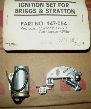 briggs and stratton condenser and contacts set pn 147-054 / 5977158 new (B&S box 3)