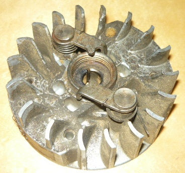 jobu lp-40 chainsaw flywheel and starter pawl assembly