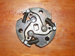 Pm canadien and skil 1631 chainsaw clutch mechanism