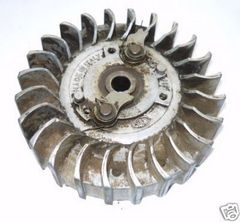 Jonsered Jonsereds 80 Chainsaw Flywheel complete with starter pawls
