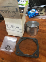 Husqvarna 44 Chainsaw Piston 501 67 88-01 and Gasket NEW