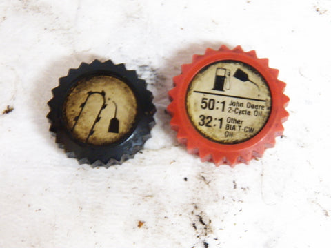 John Deere 65SV chainsaw fuel and oil cap set