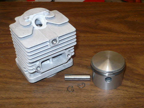 Homelite Super XL Auto Chainsaw Piston and Cylinder Kit A-69714 NEW