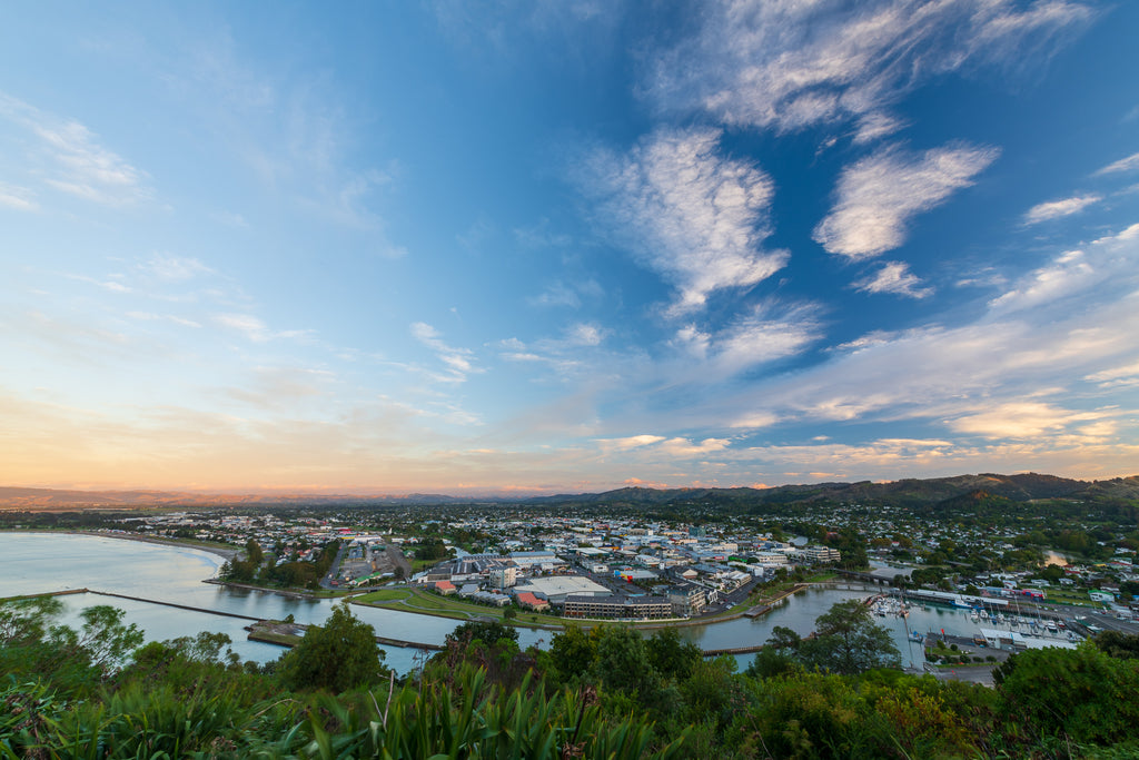 Sunrise over Gisborne City, Titirangi Domain