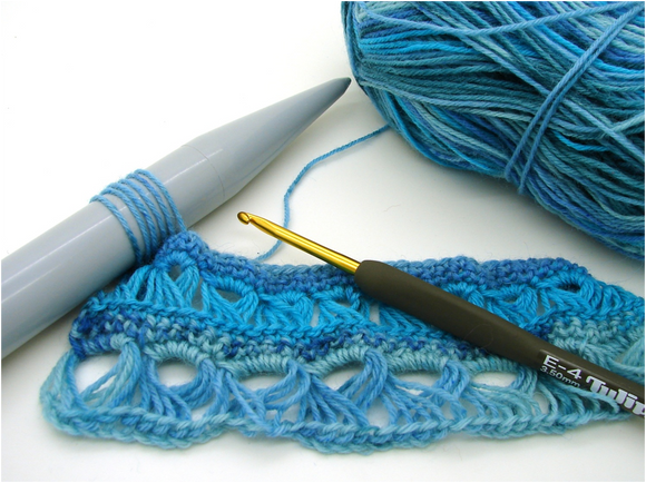 broomstick lace crochet sample in blue yarn as taught at Crates of Wool