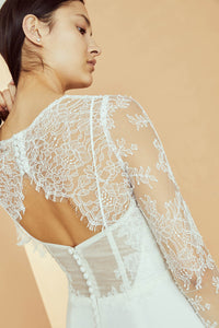 R330TO - Chantilly lace long sleeve top