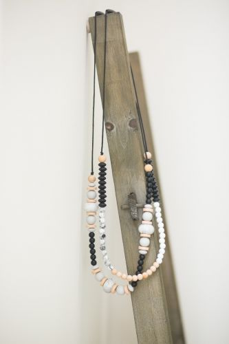 Teething Necklace | Blakely