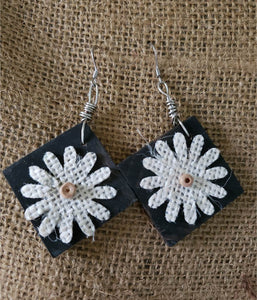 "Earrings - Square 1.25"" -  Burlap Daisy"