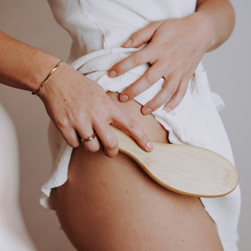The Magic and Myths of Dry Body Brushing and Skin Health