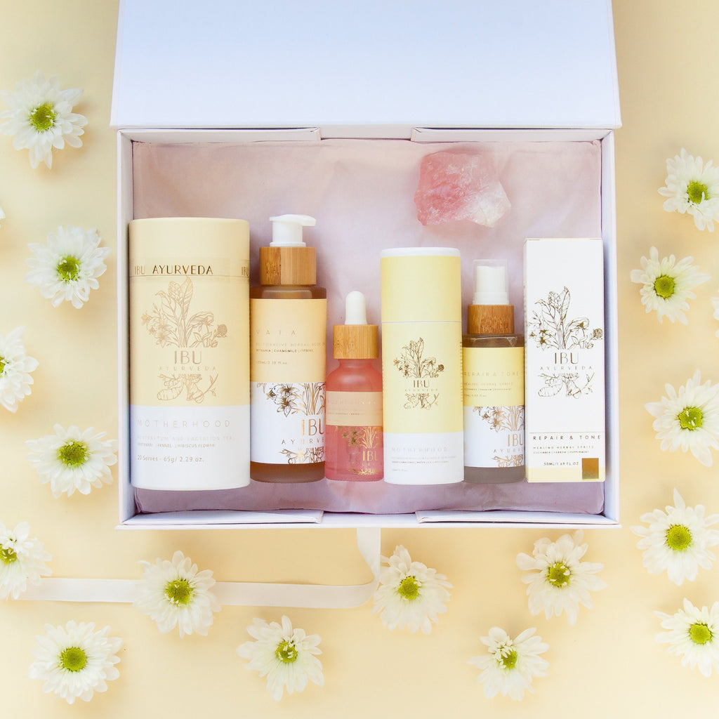 MOTHERHOOD Box