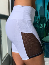 Load image into Gallery viewer, Charming Training Shorts White - HEALTHY GAL