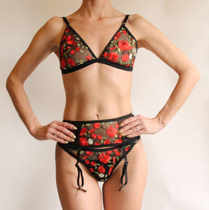 Romantic Sheer Lace Embroidered Rose Thong