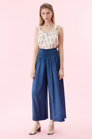 La Vie Tissue Denim Pant in Giverny Wash