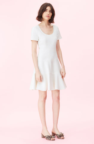 Stretch Texture Scoop Neck Dress in Snow