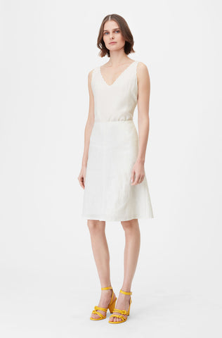 Tailored Stretch Linen Blend Skirt in Snow