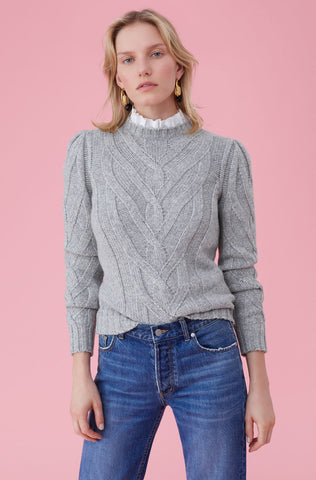 La Vie Cozy Cable Pullover in Heather Grey