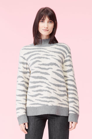 La Vie Ziger Jacquard Turtleneck in Latte/Storm Grey