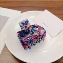 Load image into Gallery viewer, Women's Rectangle Acrylic Hair Clip