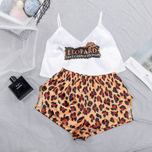 Load image into Gallery viewer, Leopard Print Sexy Crop Top