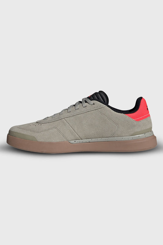 Five Ten Sleuth DLX Shoe Sesame Shock Red Gum