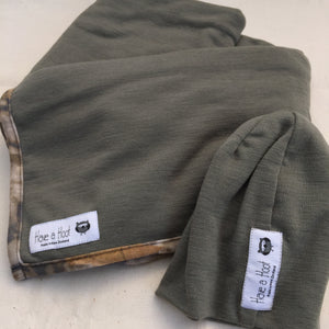 Merino Hat and Swaddle Set Woodlands Olive Green