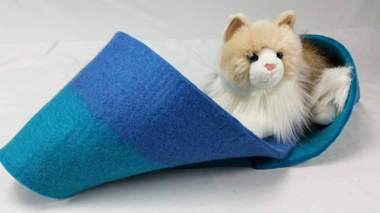 Blue & Teal Kitty Twister