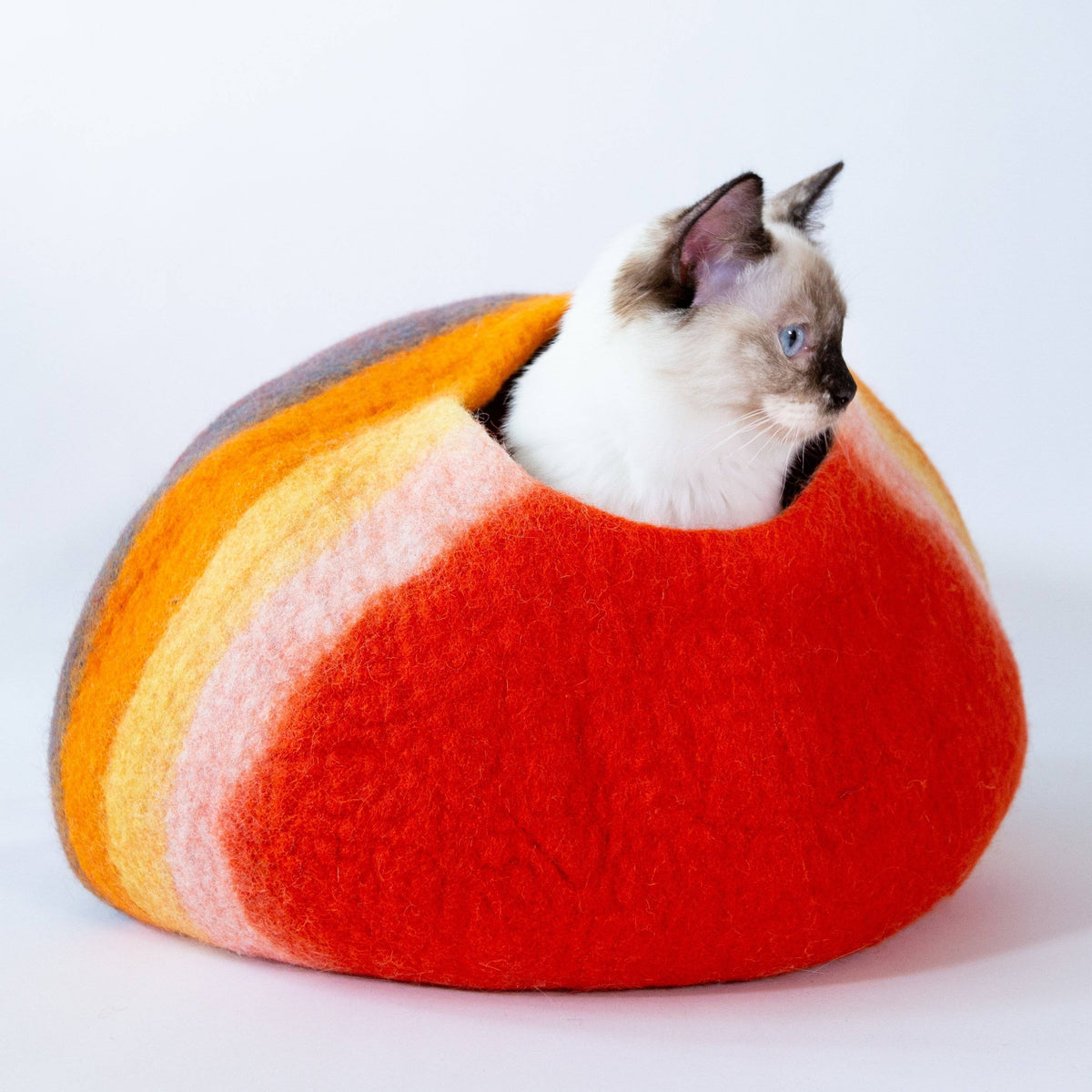 Western Sunset Cat Cave | Pet Bed
