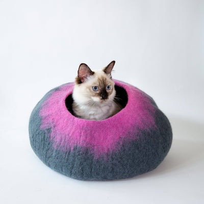 Grey & Pink Cat Cave | Pet Bed