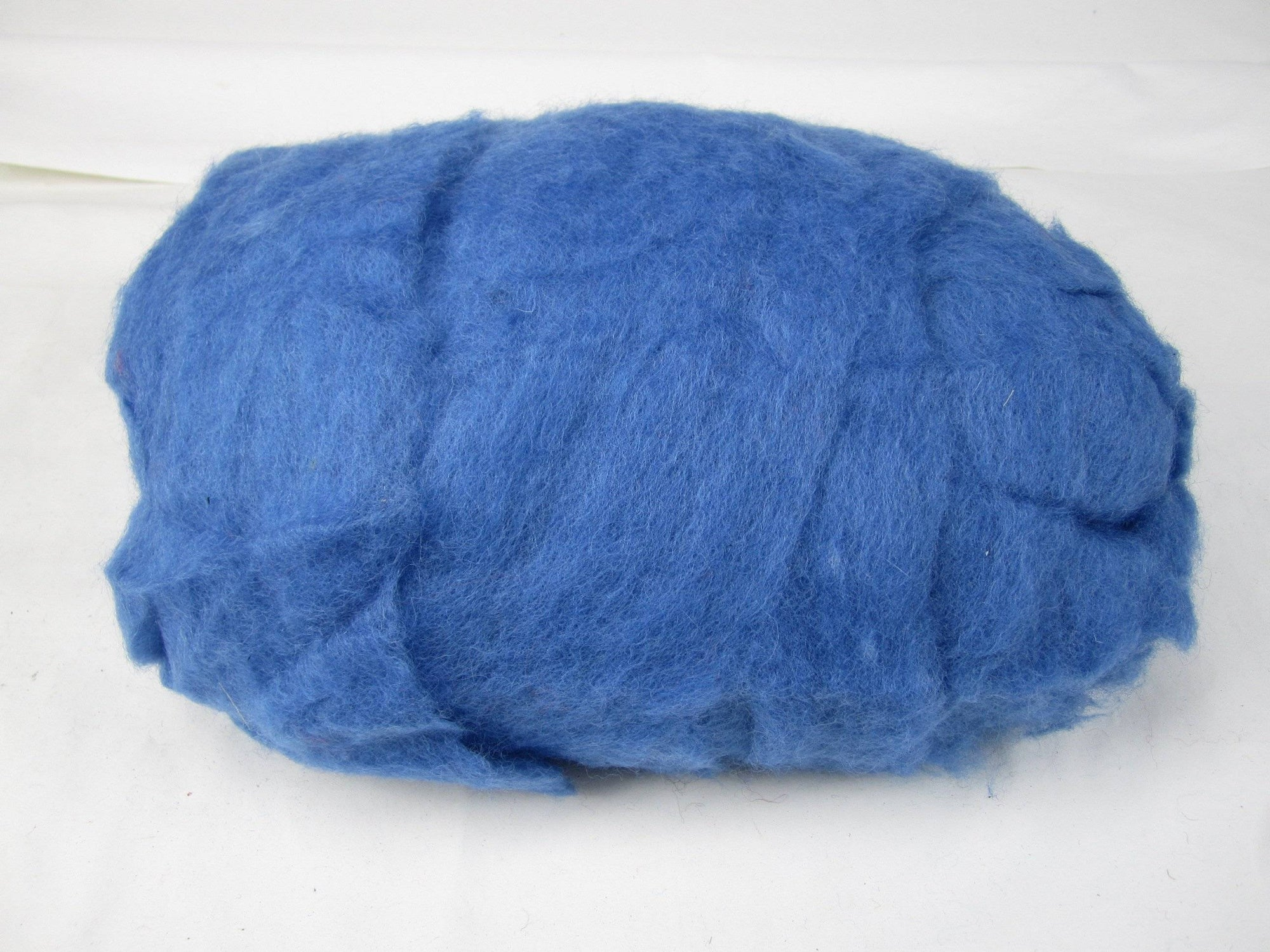 Blue Core Wool 1lb | Needle Felting – Spinning – Wet Felting – Stuffing