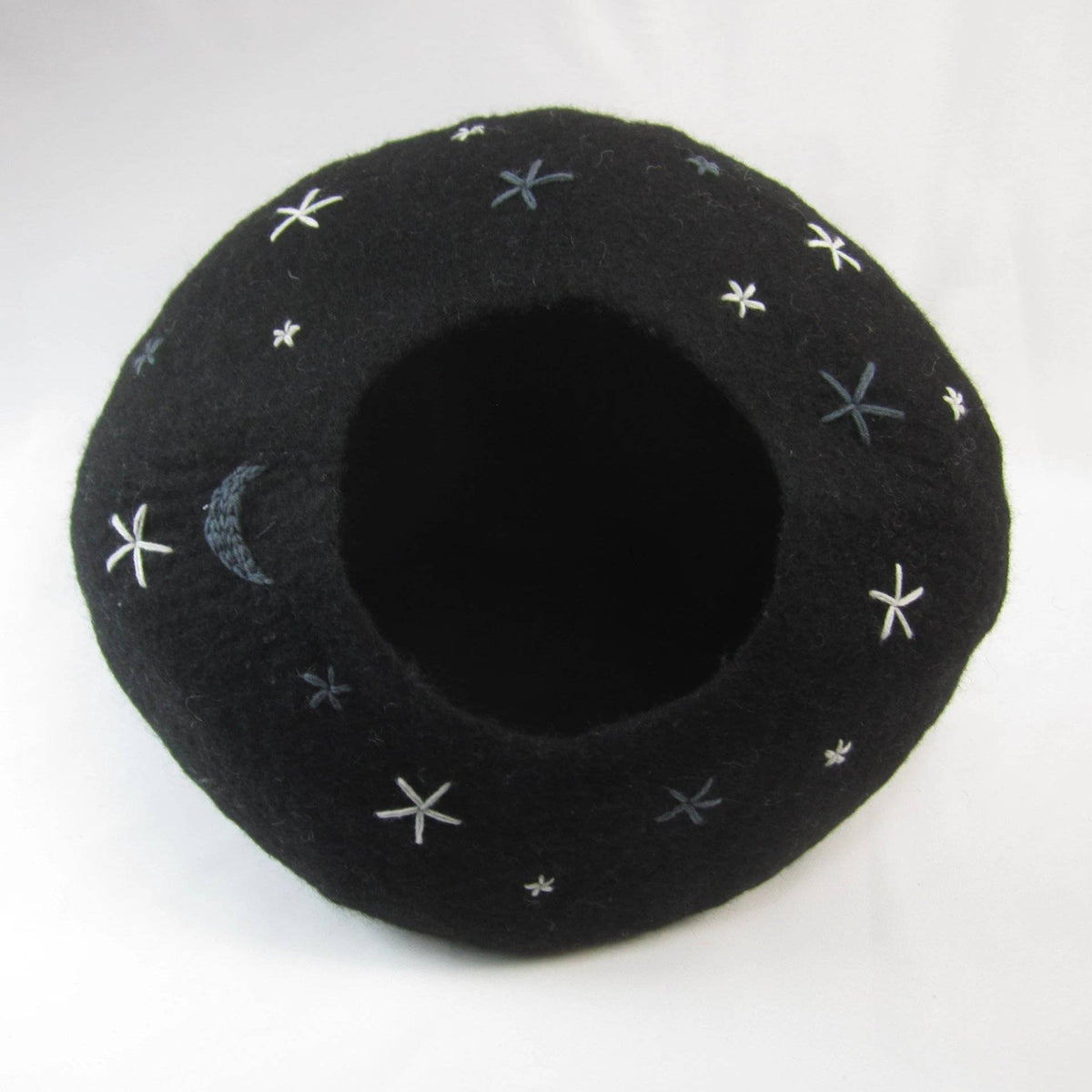 Starry Night Cat Cave | Pet Bed
