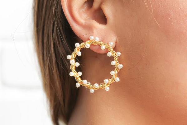 trend ss20 pearl earrings