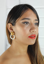 Load image into Gallery viewer, Pearl Karma Earrings