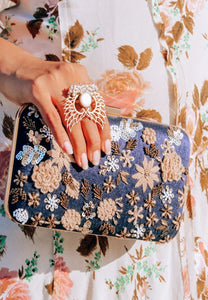 Fiesta Invitada Clutch
