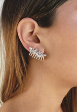 Ladda och spela upp video i Gallery Viewer, London Climber Earrings with Stones