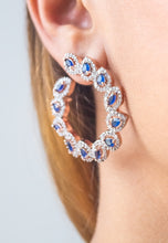 Load image into Gallery viewer, Andaja Hoop Earrings