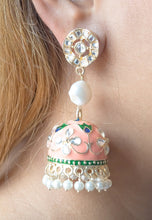 Laden Sie das Bild in den Galerie-Viewer Summer Vibes Chandelier Earrings
