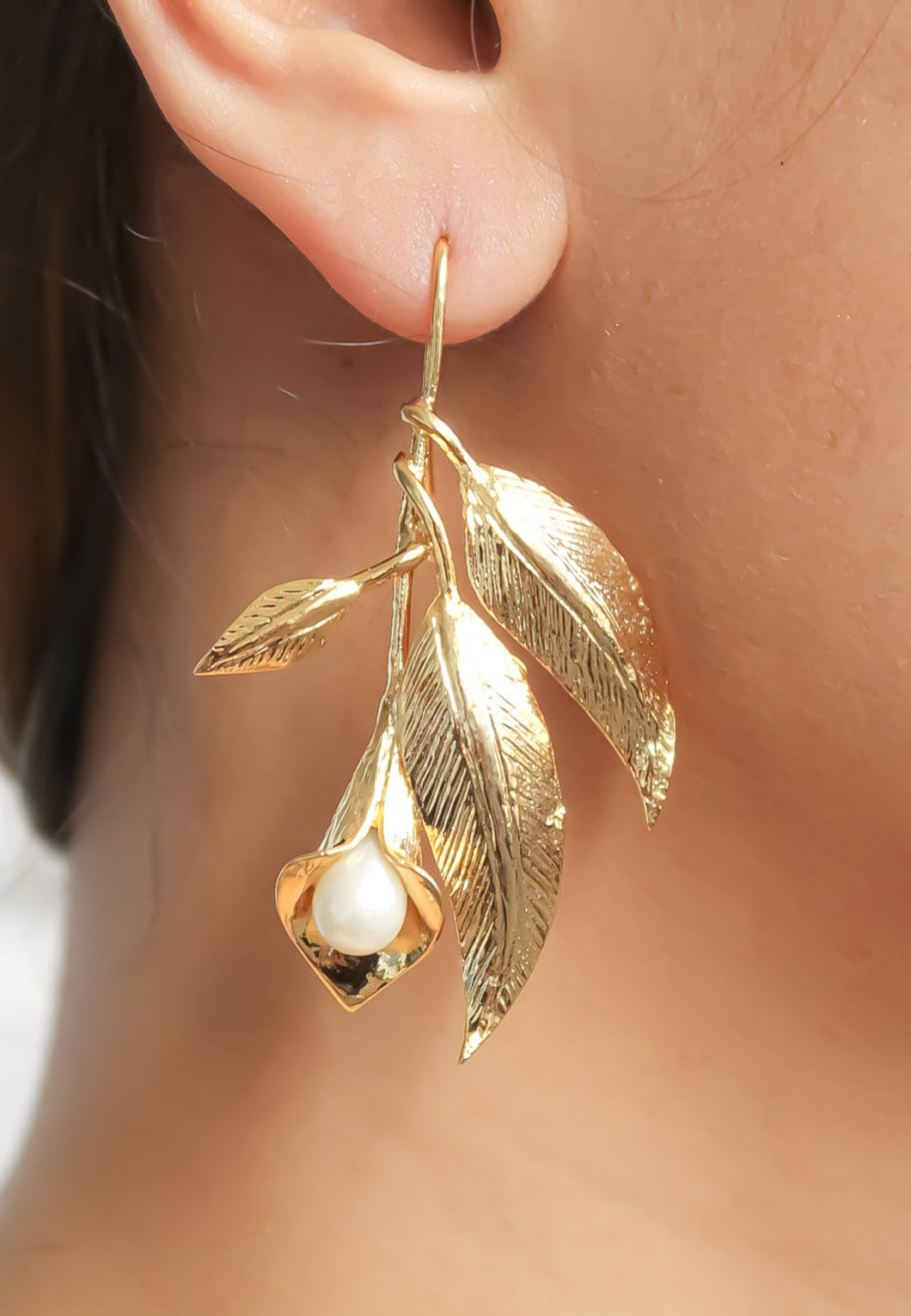Sunday Leaf Earrings