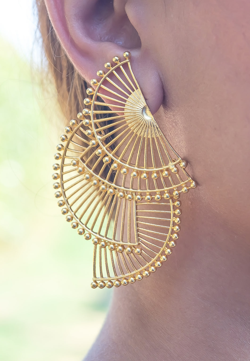 Tri-abanicho Golden Earrings