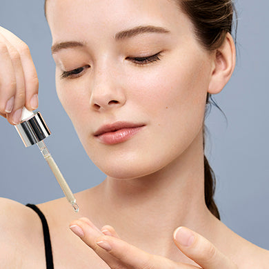 How To Use A Hyaluronic Acid Serum