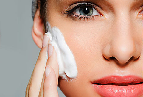 How To Use Facial Cleansers