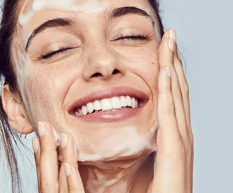 Top 10 benefits of Facial Cleansers