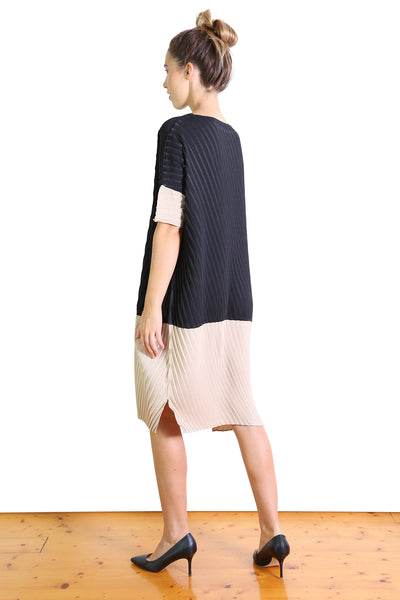 Departure Dress Black