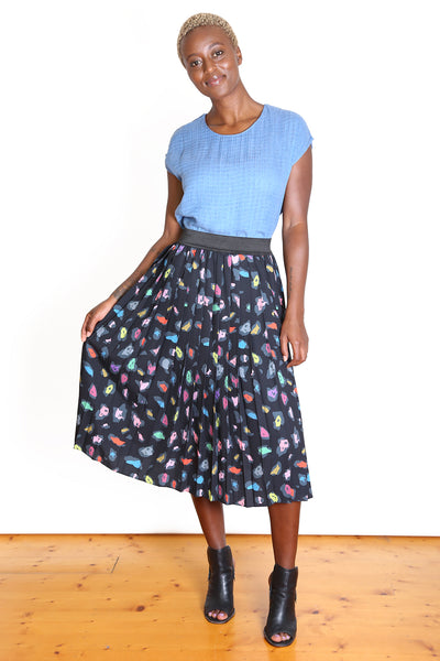 SAVANNAH Pleat Skirt BLACK
