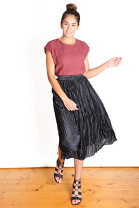 TORONTO Pleat Skirt Black