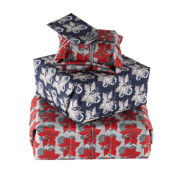Wrag Wrap Reversible Crackle Wrap: Poinsettia